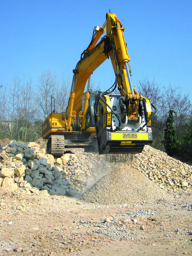DO YOU WANT TO SEE THE MB CRUSHER BUCKET AT WORK IN ROMENIA?