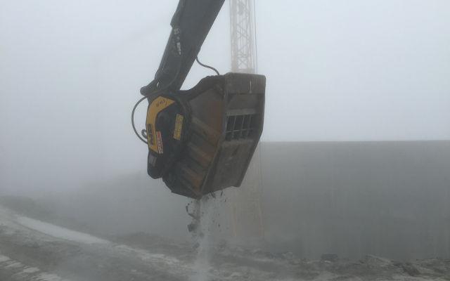 BF90.3 on Volvo excavator