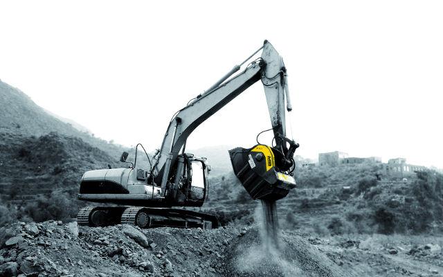 BF90.3 on New Holland Excavator