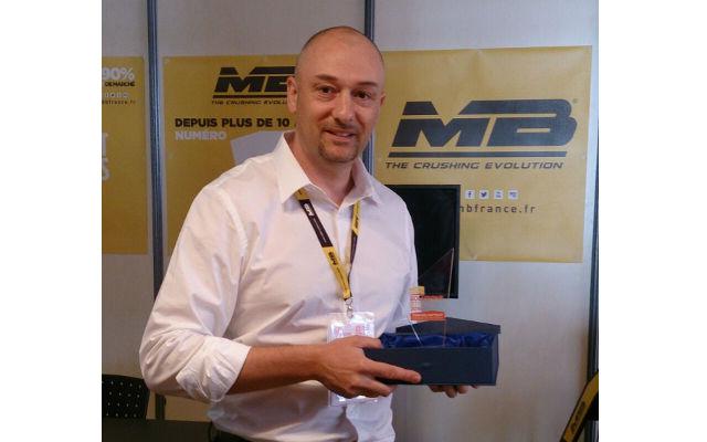News - MB a reçu le premier prix, le Septibat d'Or