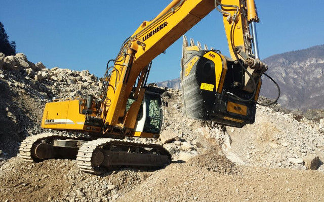 BF150 crusher bucket on Liebherr excavator in a quarry