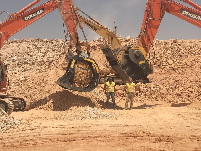 News - Great performance for the BF135.8 and the MB-S18  in a big quarry in Saudi Arabia