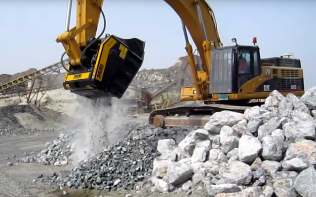 BF120.4 crusher bucket mounted on Cat excavator - quarry works