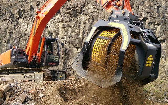 MB-L y MB-LS, cribadora que reciclan los escombros