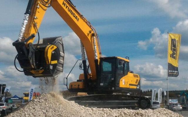 Bauschuttaufbereitung direkt vor Ort? Die Firma MB Crusher präsentiert Ihre Lösung auf der Recycling Aktiv