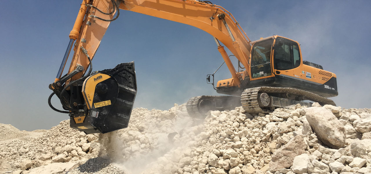 MB Crusher's flagship crusher bucket has always been a hit with clients. It's fourth generation BF 90.3 S4 now offers even higher production.