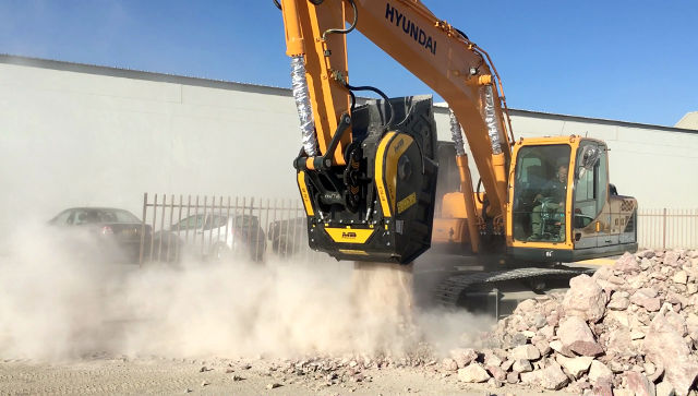 News - A new way of saving time and cost with the MB crusher bucket in Namibia