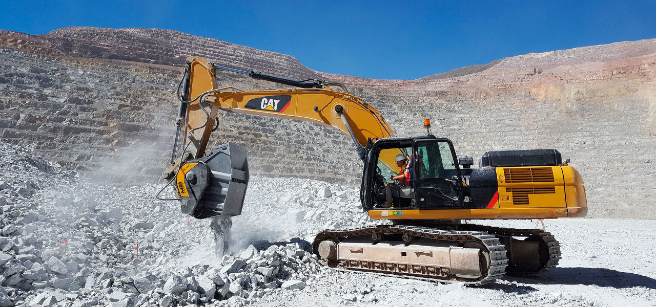 Explosive performances for the MB Crusher Bucket BF120.4 in a big mine