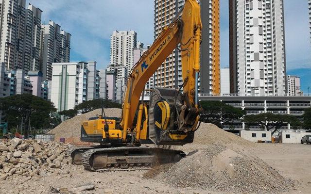 Compacta y versátil, la gama MB Crusher destinada a obras urbanas trabaja en ciudades de todo el mundo.