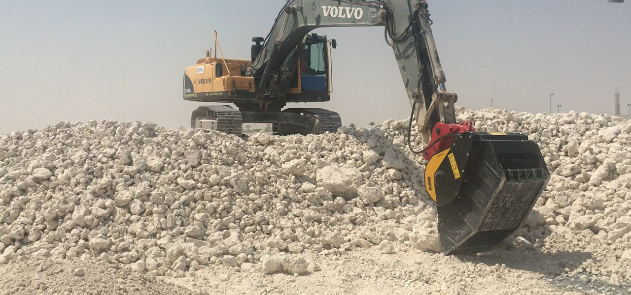 MB Crusher's BF90.3 crusher bucket is helping the construction of Oryx International School in Doha.