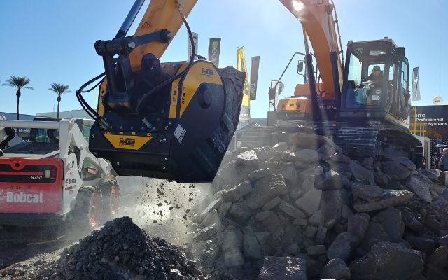 World of Concrete 2O18 shows : MB Crusher demos
