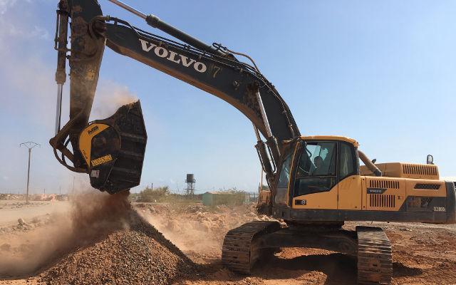 News - Frantumando basalto per la DIFTZ in Djibouti con la BF120.4