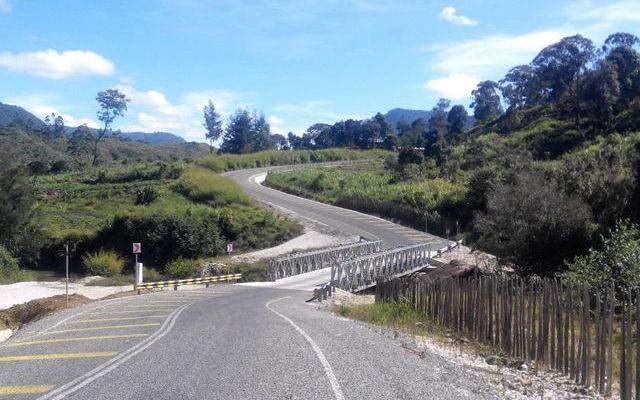 Papua New Guinea road.