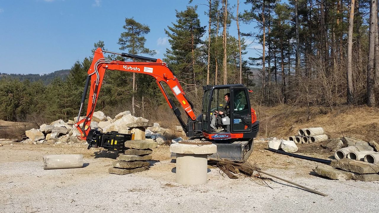 MB-G600 working in Slovenia