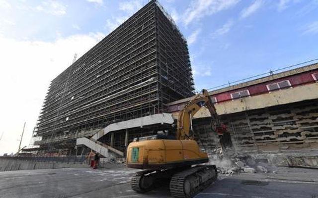 Palazzo Ex Nira: Demolizione di un brownfield per creare il nuovo Waterfront Levante