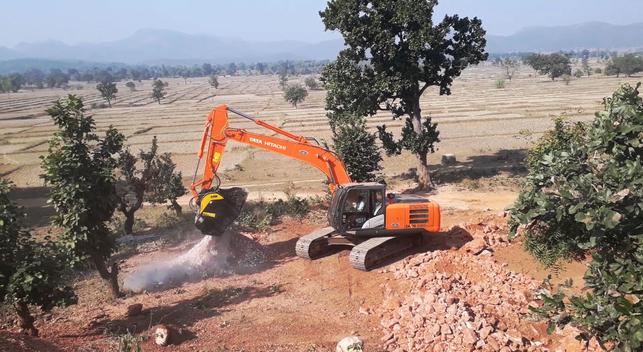 A reputed Mines & Quarry owner in the Eastern part of India found an ideal solution in MB Crusher's bucket