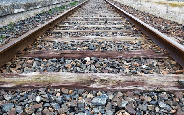 Se autoriza la licitación del suministro de balasto para el mantenimiento de la red ferroviaria