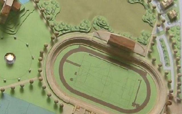 Il benna selezionatrice MB Crusher sta lavorando per la realizzazione di un nuovo stadio da calcio e rugby.