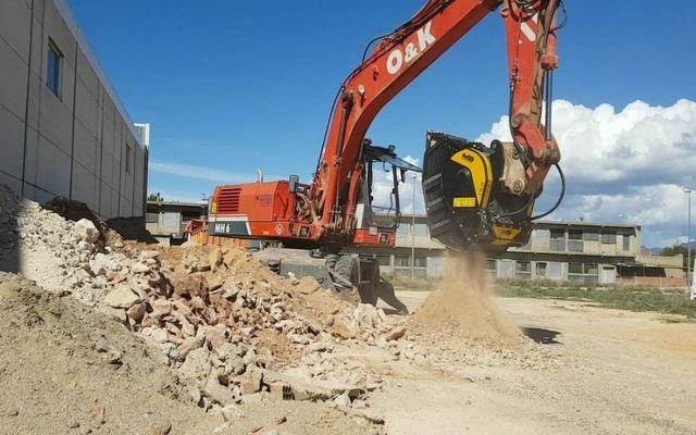 a company in spain recently demolished a building