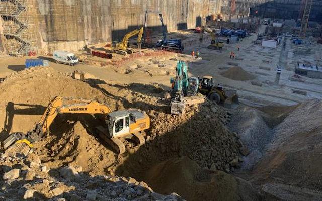 MB Crusher chez le chantier de la Commission Eurpeenne au Luxembourg