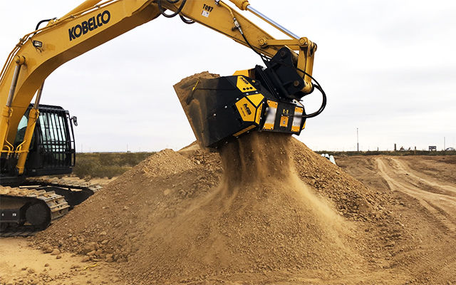 An MB-HDS320 padding bucket selects the material to use as backfill.