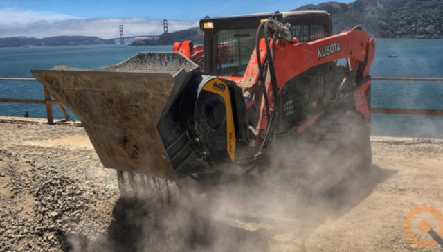 Skid steers, loaders, backhoe loaders: Tips to use your equipment to its fullest
