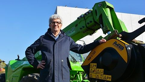 The E-Mac CEO with the MB-L160 crusher bucket