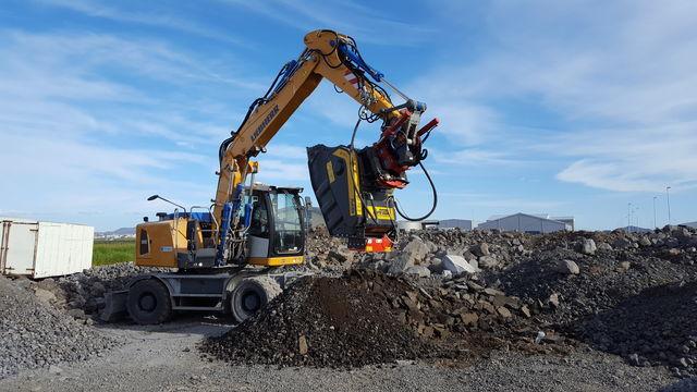 La BF90.3 frantuma asfalto direttamente in cantiere
