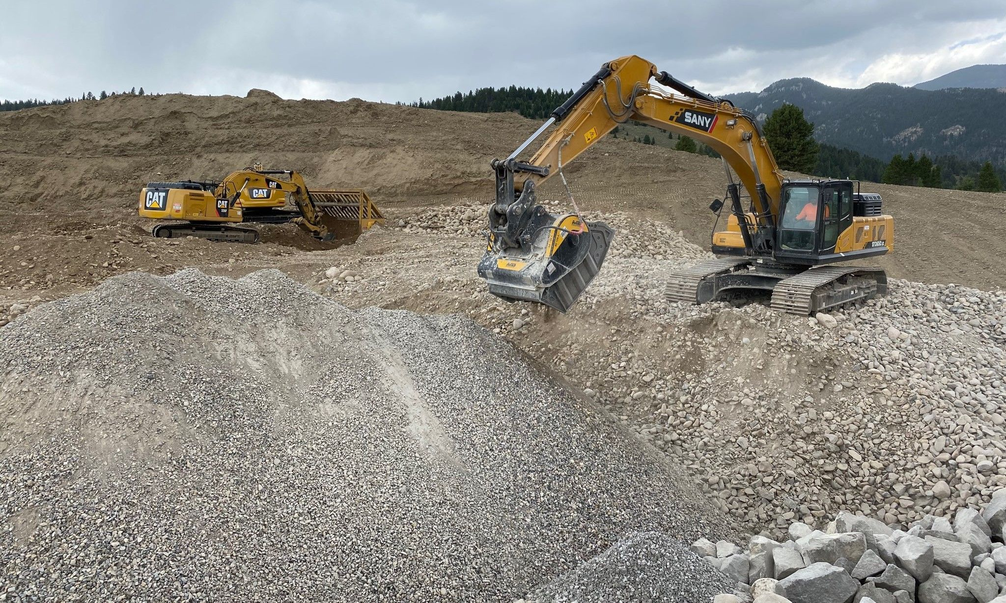 The BF120.4 crusher bucket working on a private subdivision